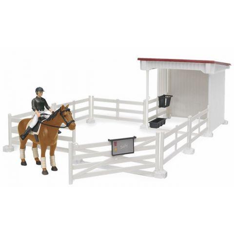 Jezdecký set - jezdkyně s příslušenstvím, kůň a stáj s ohradou 62521 BRUDER