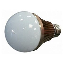 LED žárovka 6W, teplá bílá, 650lm, E27, BASS