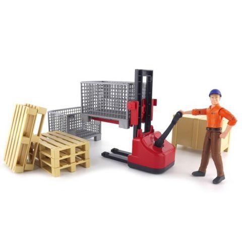 Logistický set - dělník s příslušenstvím a vysokozdvižným vozíkem 62200 BRUDER