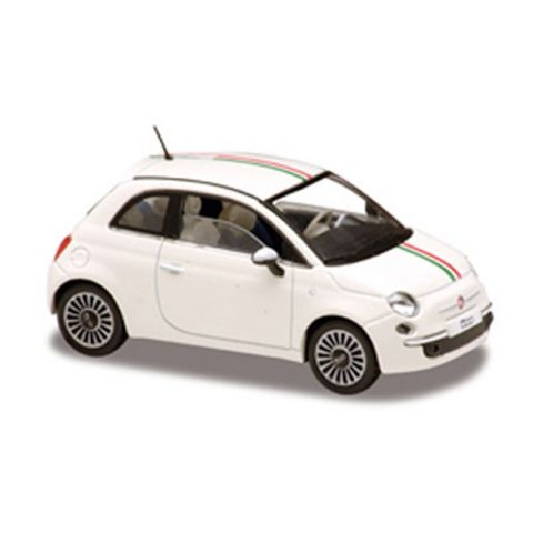 Model automobilu Fiat Nuova 500 2007 SOLIDO
