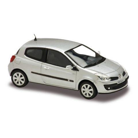 Model automobilu Renault Clio 2005 SOLIDO