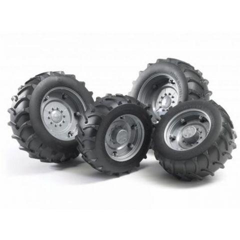 Přídavná kola pro traktory série 20xx, stříbrná 02316 BRUDER